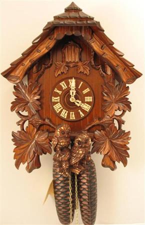 8-day : Suburban Clock in Berea, Ohio, Since 1953